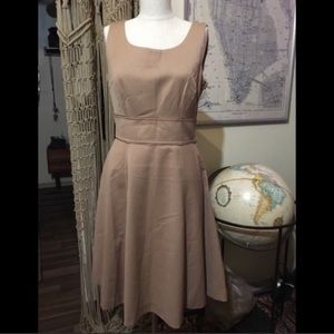 🆕 Forever 21 taupe lined A Line swing dress sz 8